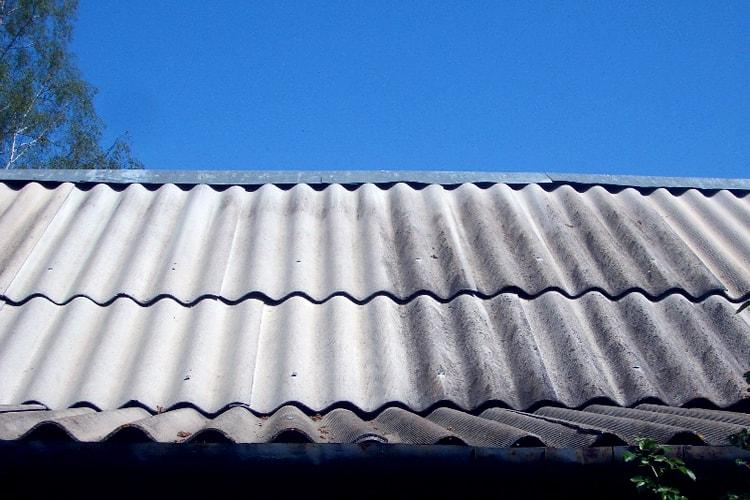 Шифер на крыше