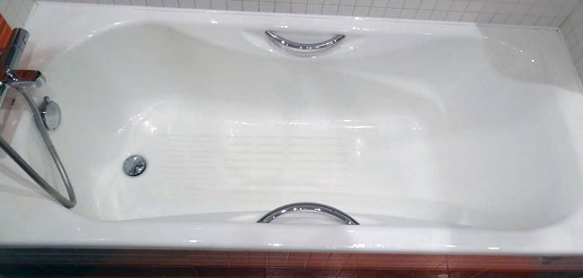 Чугунная ванна с ручками