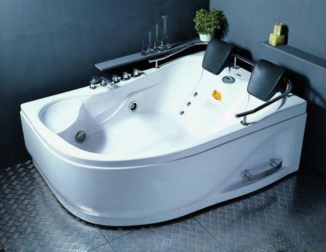 Гидромассажная ванная