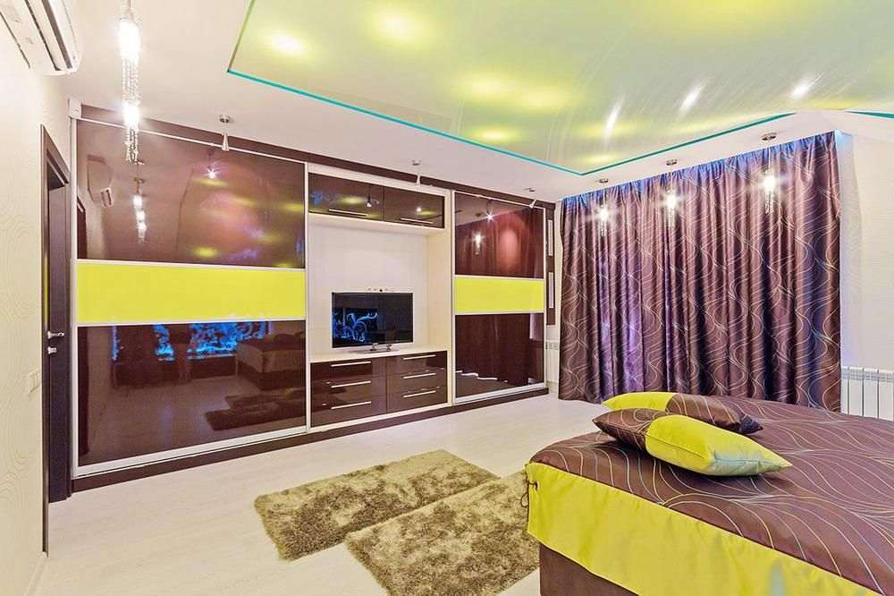 Фиолетовая спальня