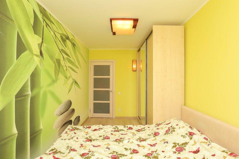 Желтый цвет для спальни