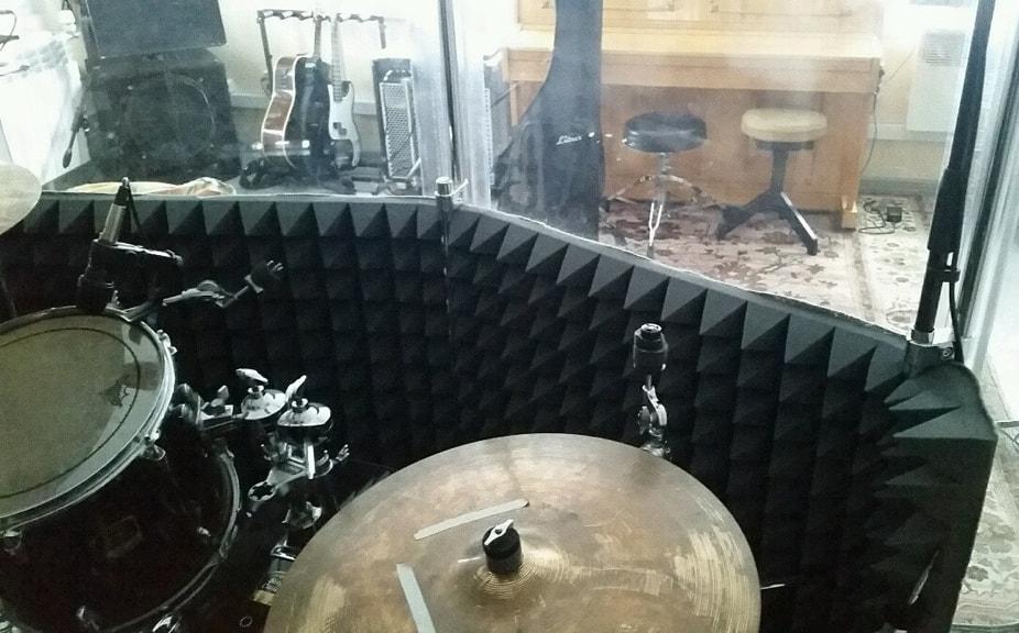 Поглощение звуков акустическим поролоном