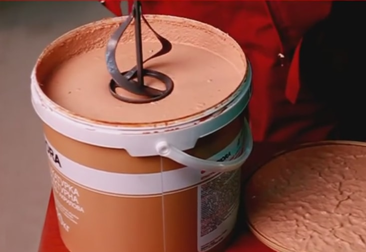 Смешивание короеда с краской