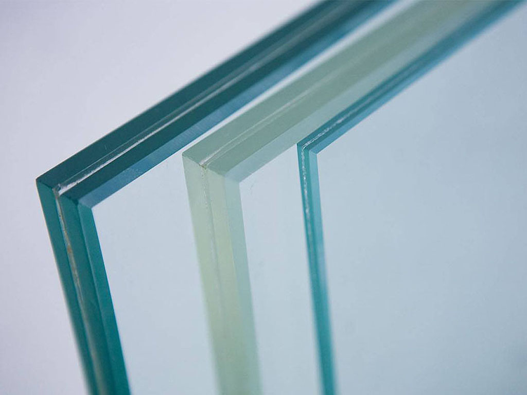Триплексное стекло для душевой кабины