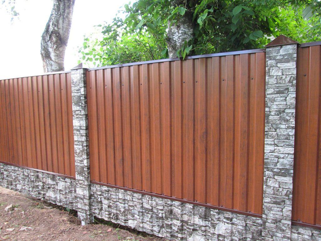 Забор для дачи из профлиста