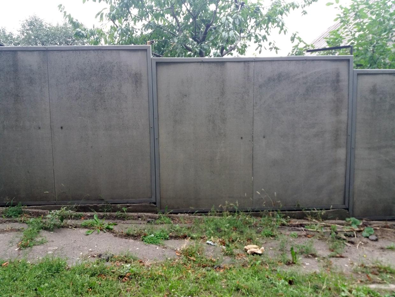 Дачный забор из шифера