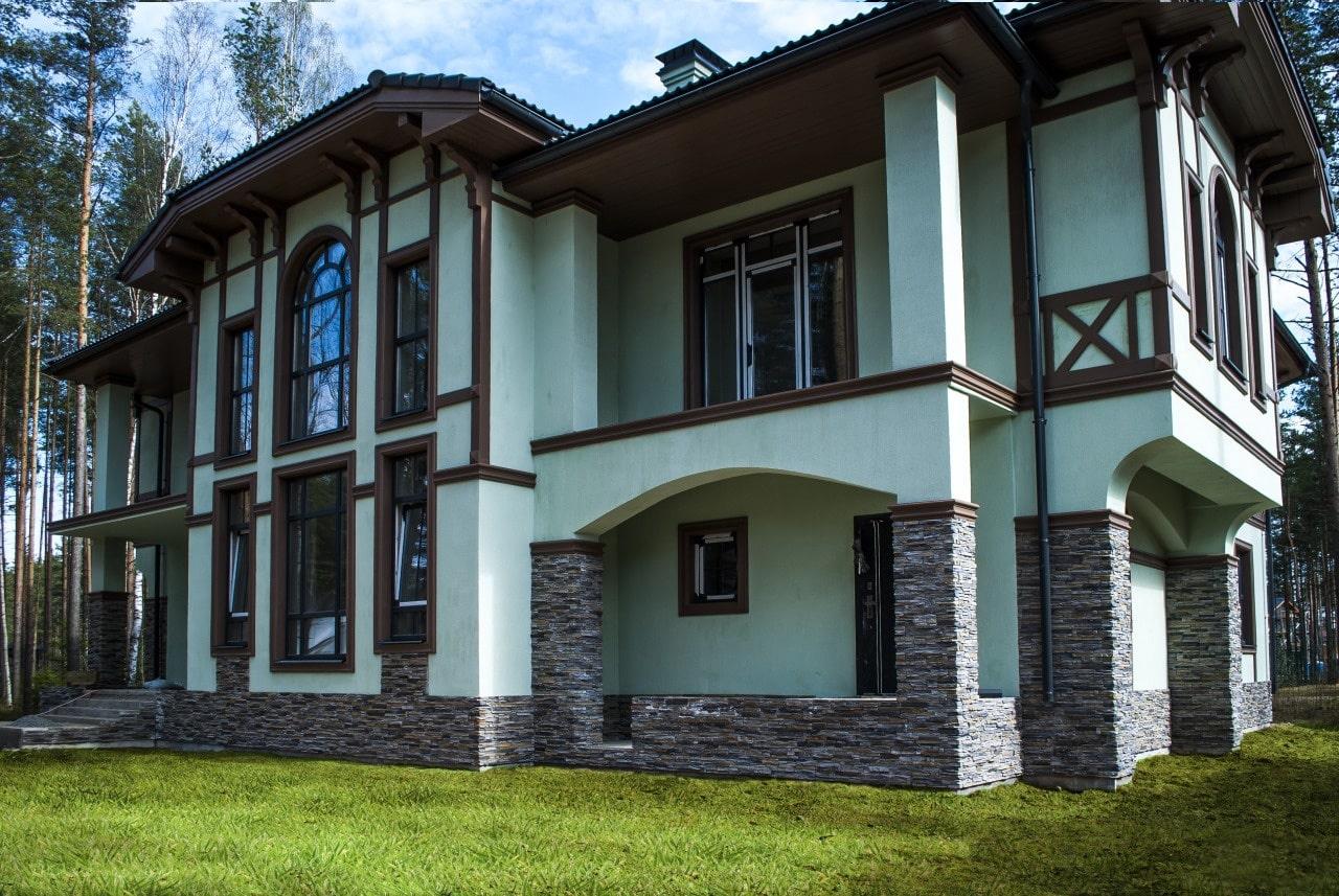 Облицовка фасада декоративной штукатуркой