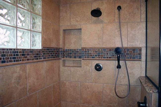 Стеклоблок в ванной комнате