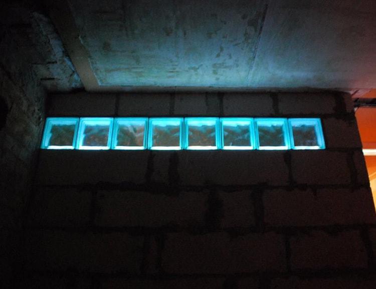 Стеклоблоки окнный проем