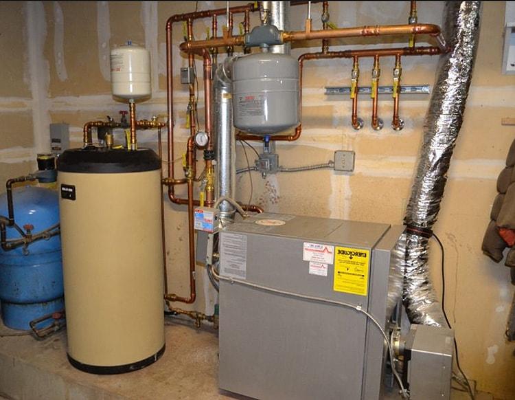Отопление гаража. Водные отопительные системы