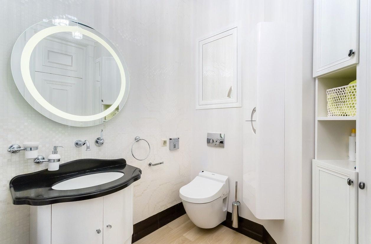 Круглое зеркало с подсветкой в ванную