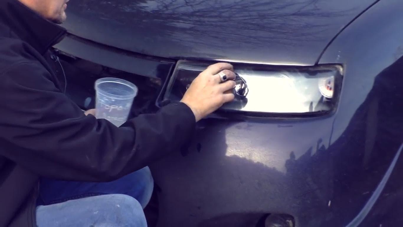 Натирание на фары раствора жидкого стекла
