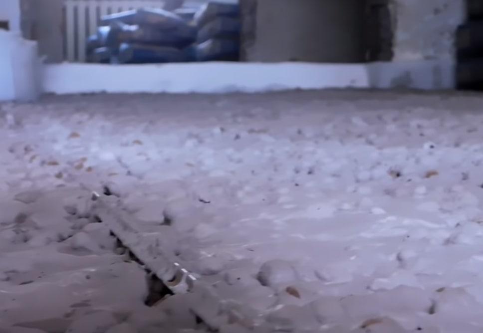 Керамзит с цементным раствором для утепления пола